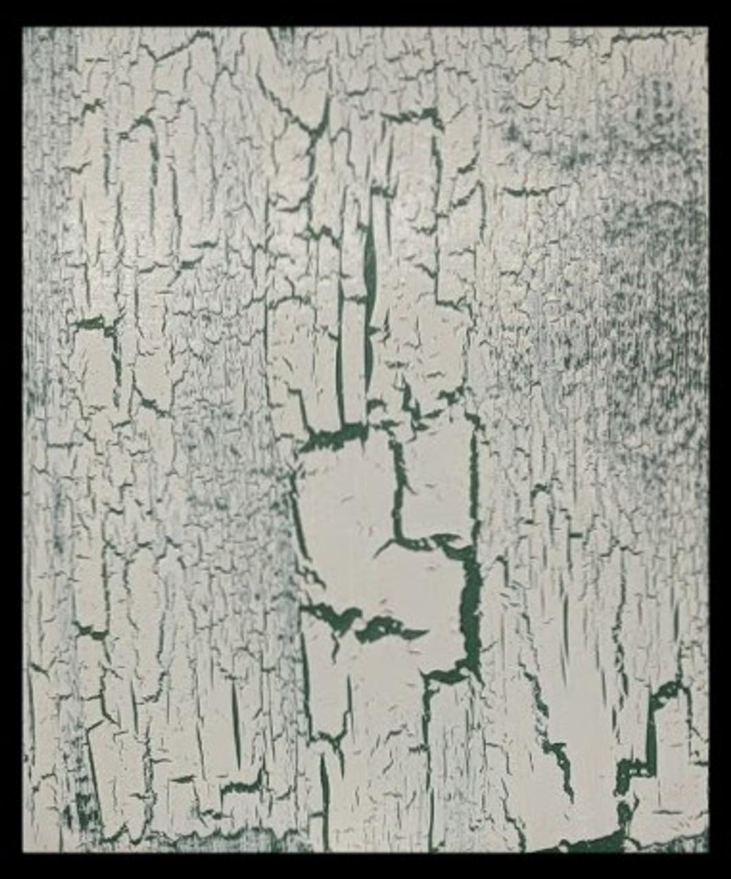 2 coats Green Base Paint,  1 Isolation coat ( PV Decorators Varnish Satin) 1 coat Polyvine Crackle Glaze 1 coat Cream Topcoat Protective Coat (PV Decorators Varnish Satin)