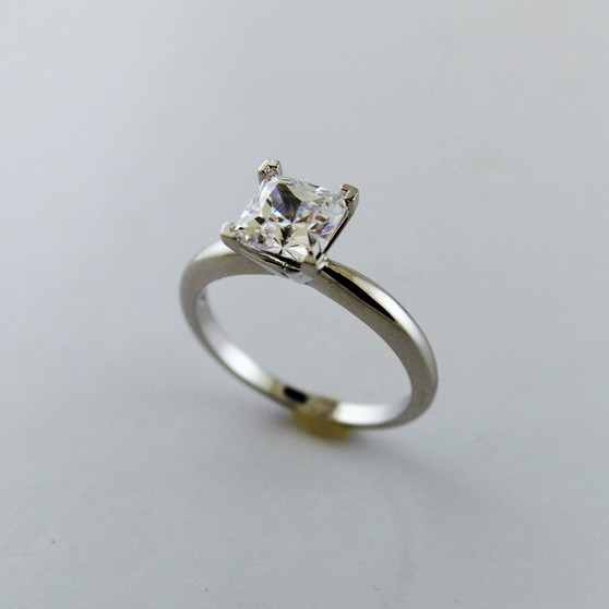 14K White Gold 1CT Moissanite Ring