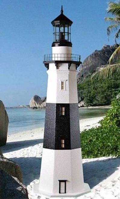 Montauk Stucco Lighthouse (4')