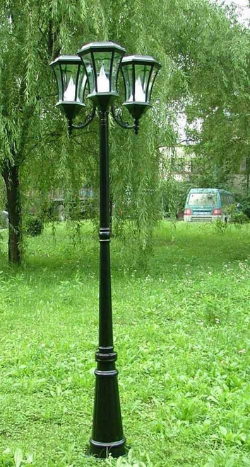 Victorian Solar Lamp Post with 3 Lamps-Black