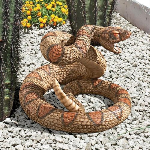 "Western Diamond Back Rattlesnake Statue 8.5""H"