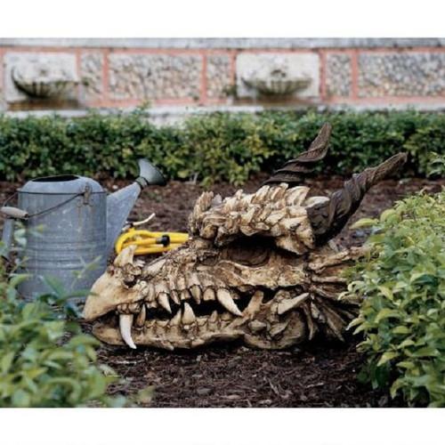 """Stoker's Moors Dragon Skull Sculpture 18.5""""H"""