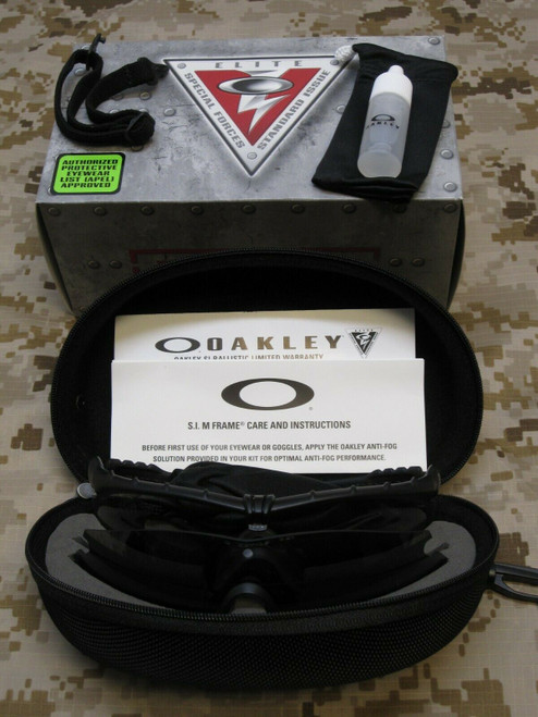 OAKLEY SI SHATTERPROOF M FRAME 3.0 CLEAR/DARK LENS MILITARY GLASSES STRIKE II