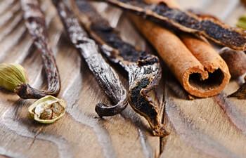 cinnamon-vanilla-bean-cardamom-flavor.jpg