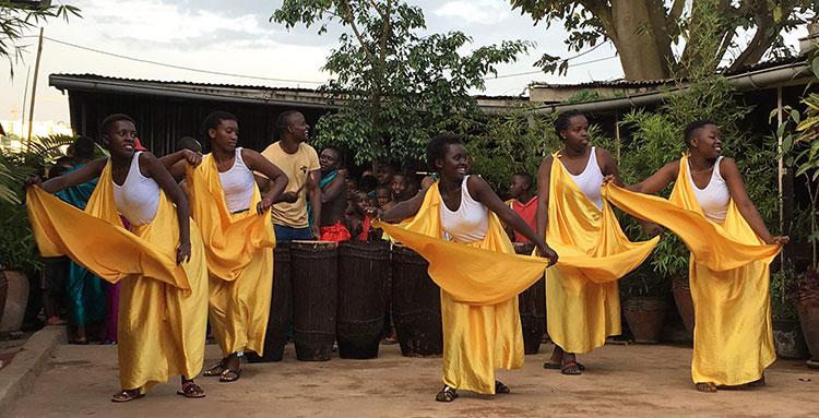 Niyo Cultural Arts Centre Dancers