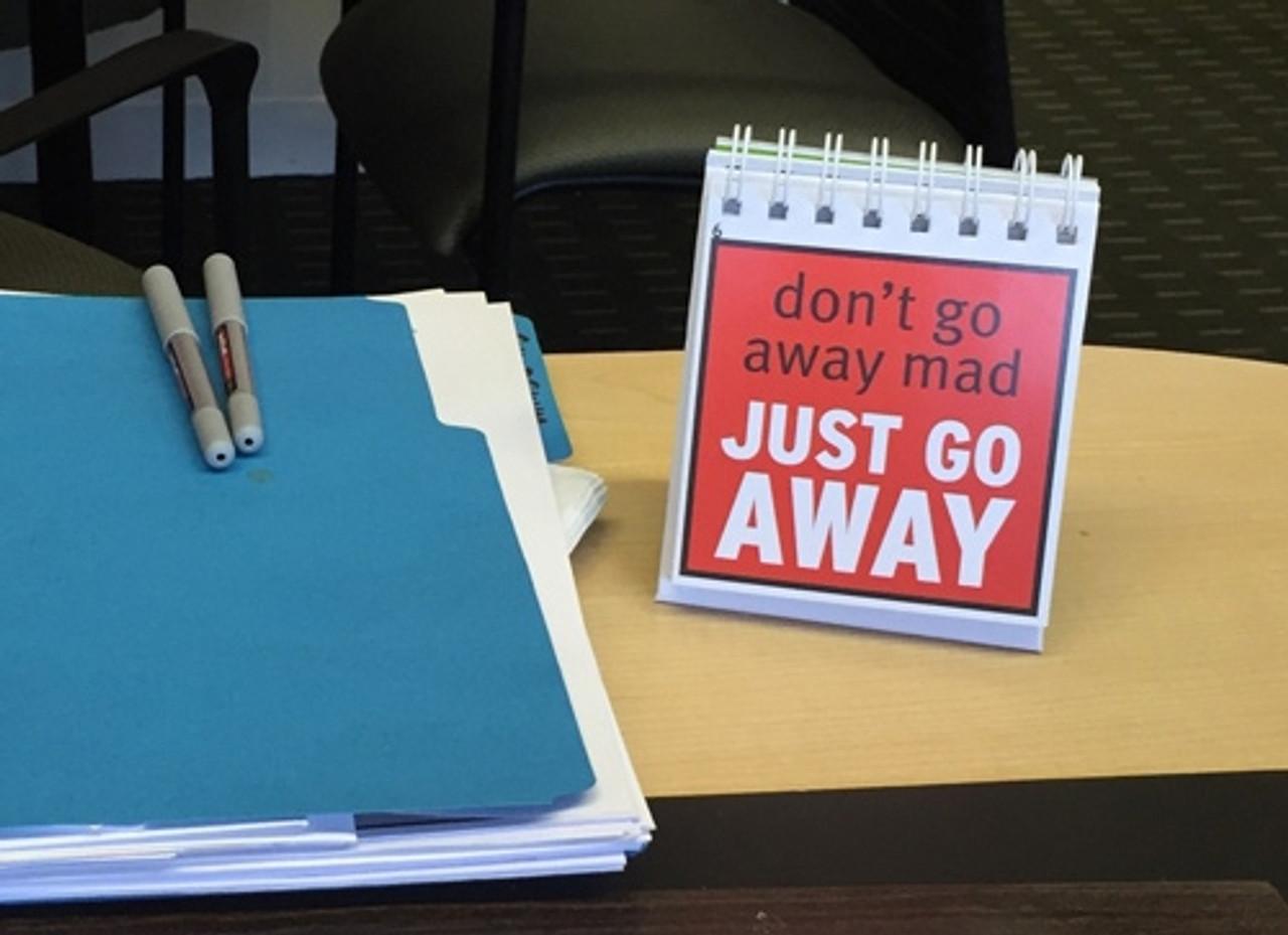 DeskMate, in office