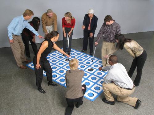 Global Maze 6' x 8' by Interel