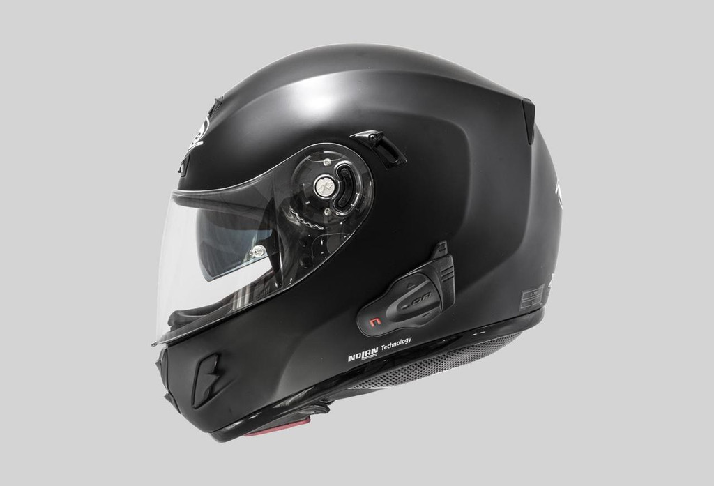 BX5 in Helmet