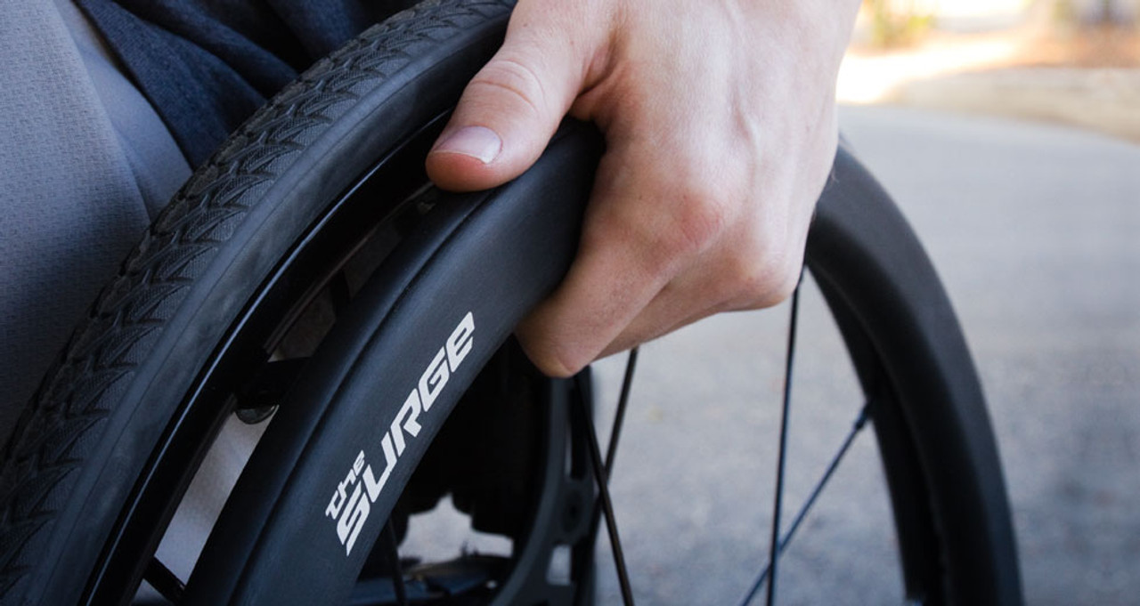 The Surge is a lightweight, all-in-one oval handrim with a Gription䋢 Strip that improves traction on every push. The Surge does not add any width to your chair and can be mounted in the close-in or wide position.