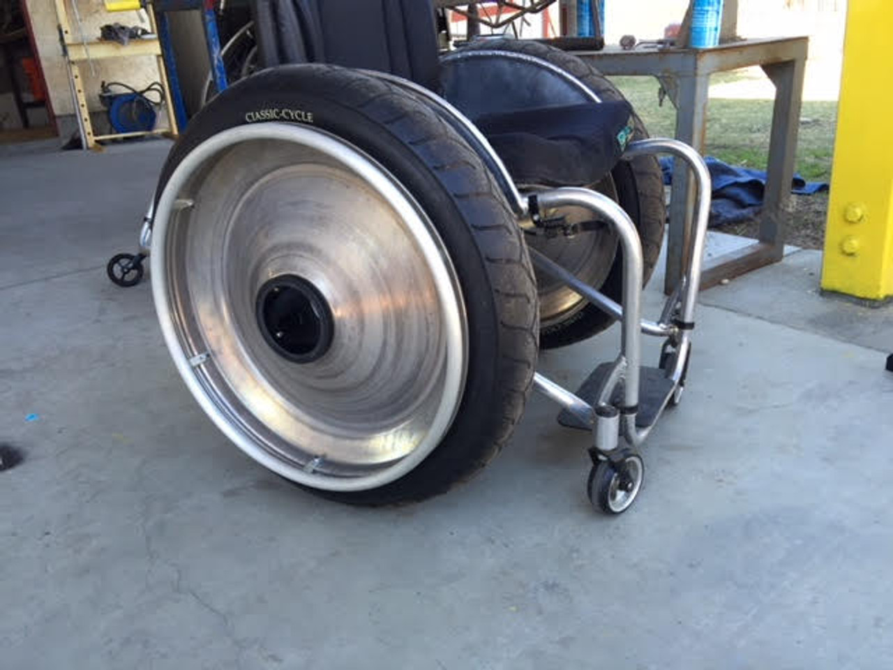 """Sumo Beach and snow -  Offroad wheelchair tires - 24"""""""