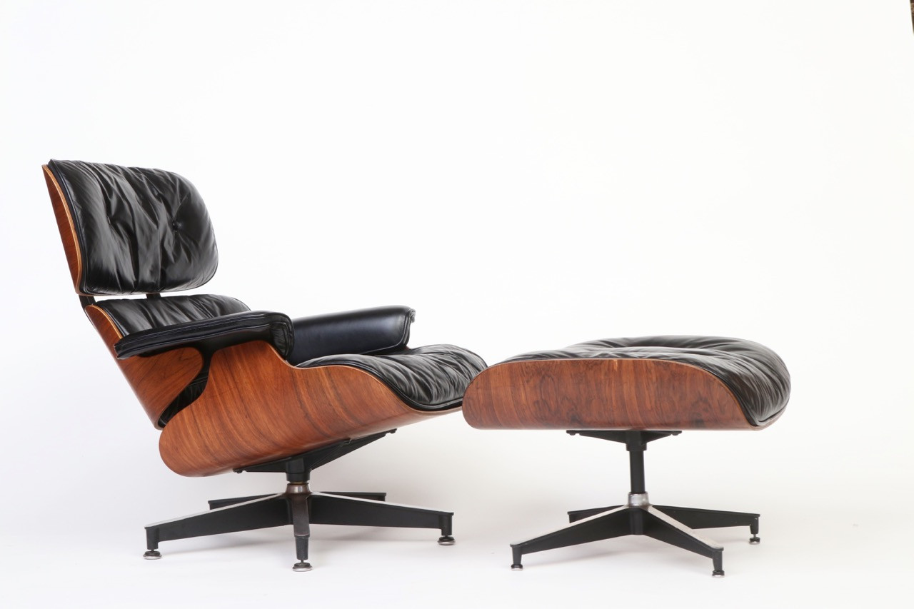 Eames Lounge Stoel : S herman miller eames black leather and rosewood lounge chair
