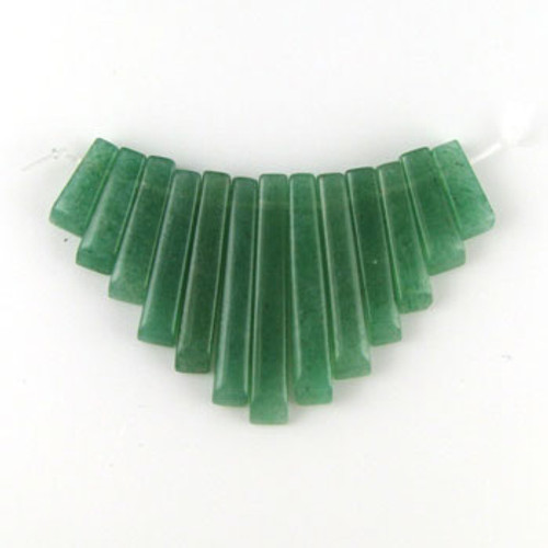 CL0014 - Aventurine, Green Semi-Precious Stone Collar (13 pieces)