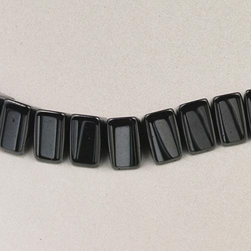 H051 - 7mm Triangle, Hematite (16 in. strand)