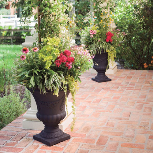 Festonada Urn Planters Outside