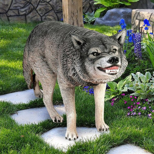 Call of the Wild Growling Gray Wolf Statue in the Garden