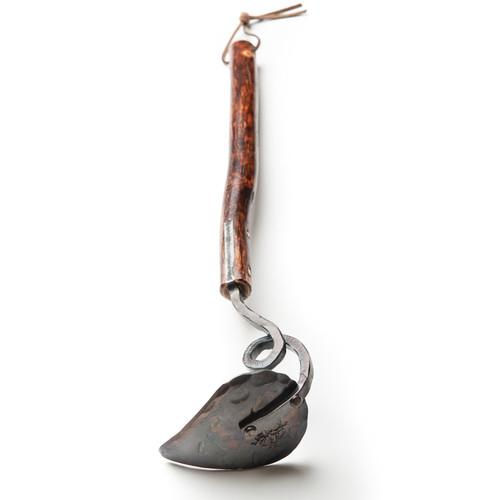 Shagbark long handled pointed garden hoe