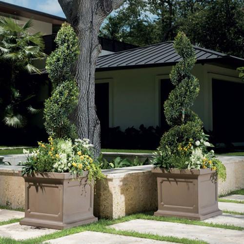 Estate Square Planter Outdoors