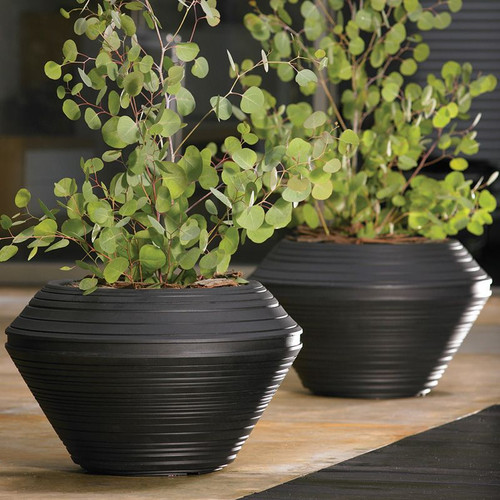 Daniel Round Planters with plants