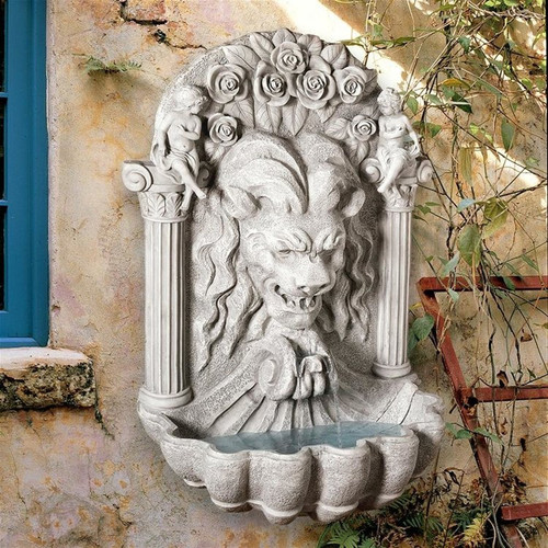 House of York Lion Sculptural Wall Water Fountain in the Garden