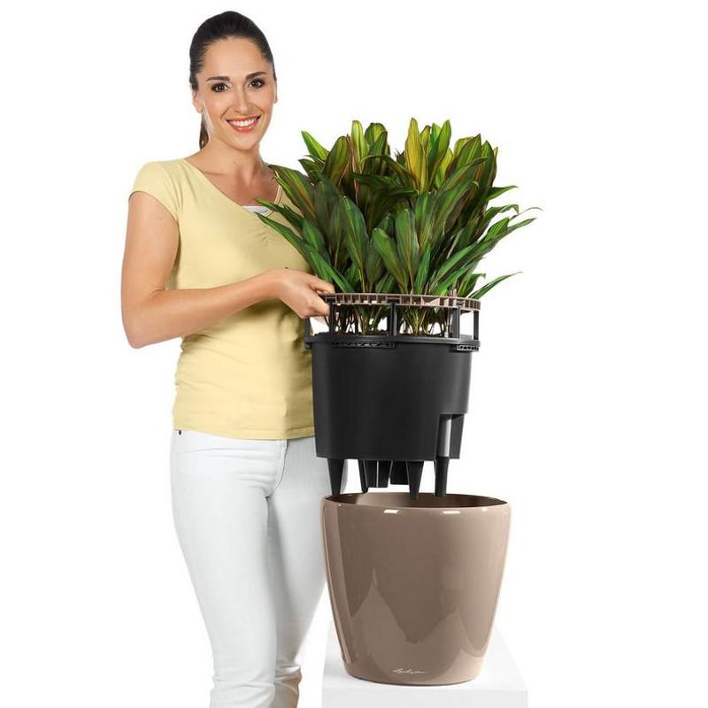 classico-ls-round-planter-liner.jpg