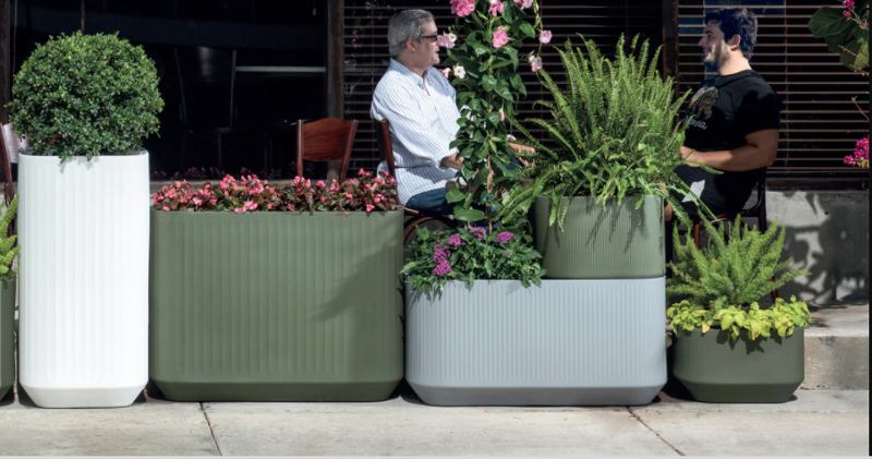 different-sizes-shapes-and-colors-planters.png