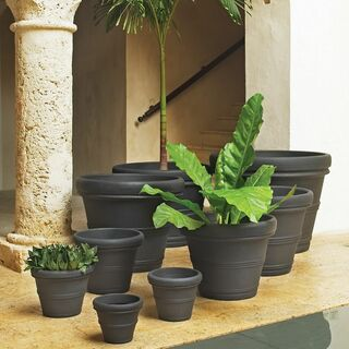 traditional round planters
