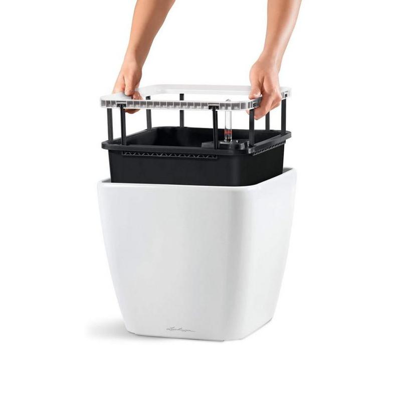 quadro-ls-square-planter-liner.jpg