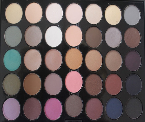 Crown Brush 35 Color Back to Basics Eyeshadow Palette