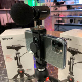 SHURE MV88 Video Kit- Pro Sound for Vloggers, Filmakers, Podcasters & Musicians