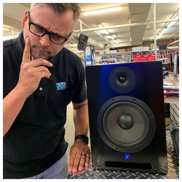 """YORKVILLE YSM8 Studio Monitor Series 95 Watt powered 8"""" Speaker Front View With Matt"""