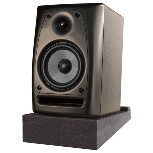 ultimate-support-17807-ultimate-isolator-pad-for-studio-monitors-side-angle-high-tilt