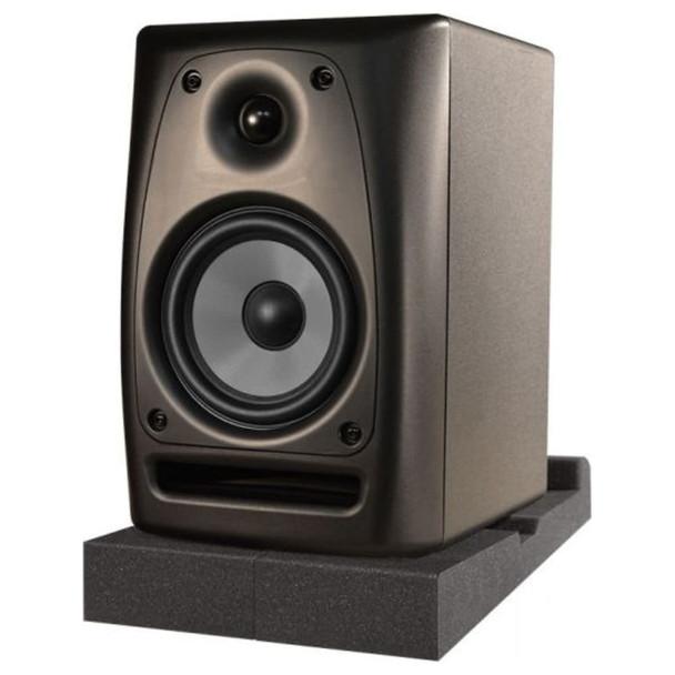 ultimate-support-17807-ultimate-isolator-pad-for-studio-monitors-side-angle-mild-tilt
