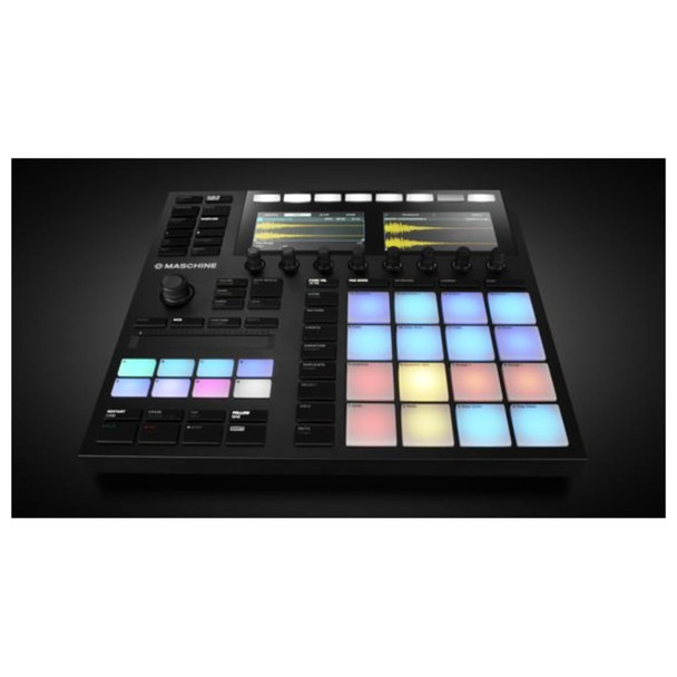 MASCHINE MK3 PRODUCTION AND PERFORMANCE SYSTEM Front