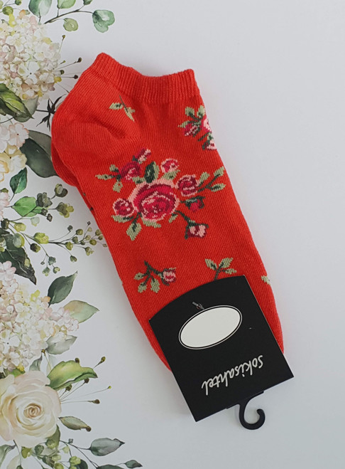 Women's ankle rose socks with flowers