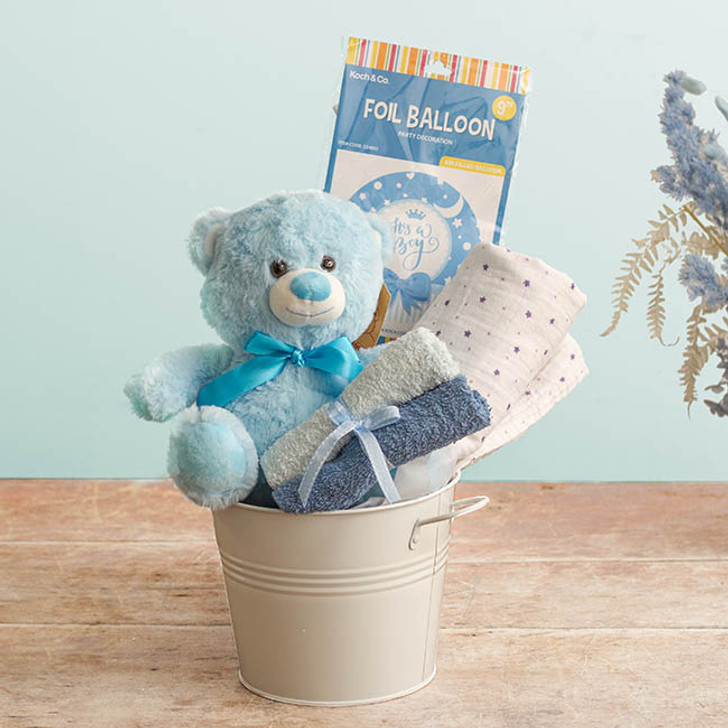 Baby Hamper Toby in Bucket Baby Blue