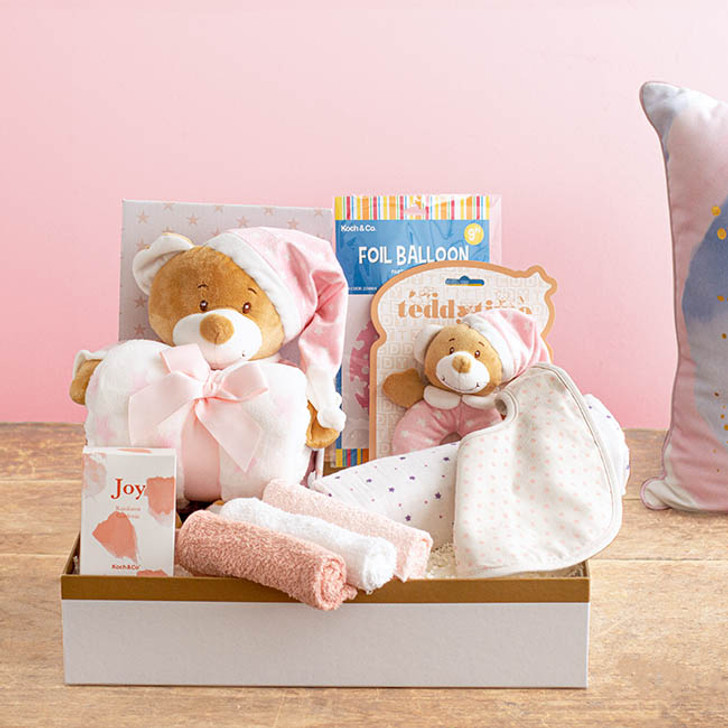 Starbright Deluxe Girls Baby Hamper Pink