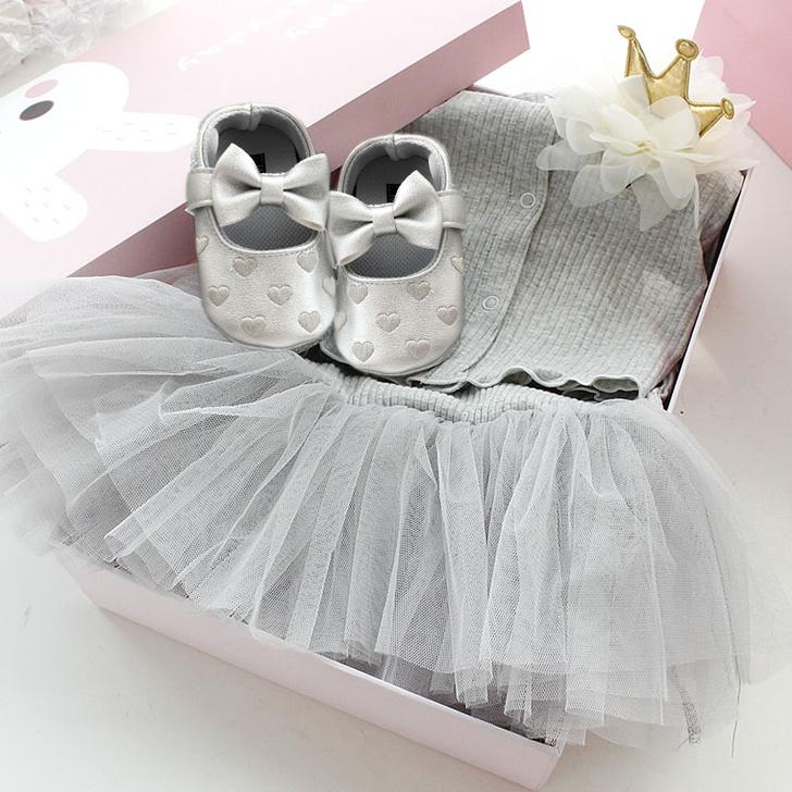 Grey Dress Baby gift box Set