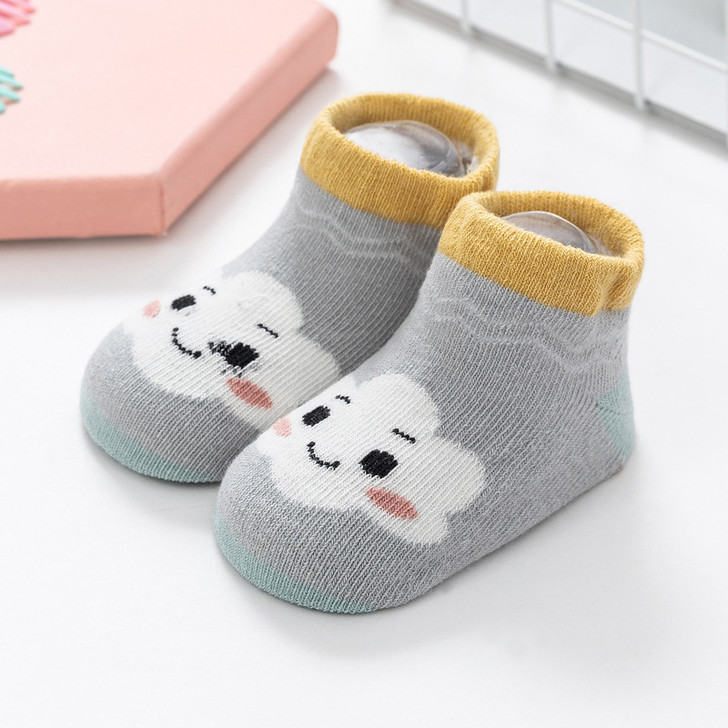 gray-white-clouds-infants-cotton-socks