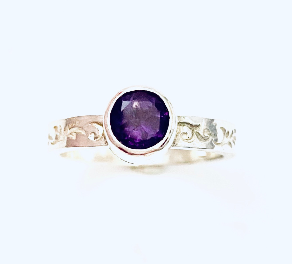 Sterling silver stackable ring with round faceted Amethyst - size 6 3/4