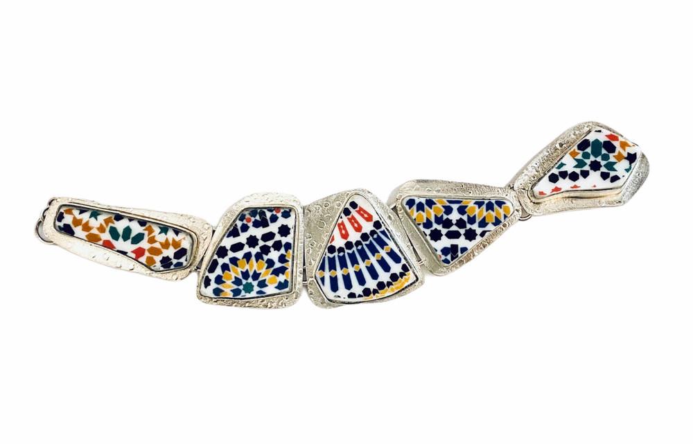 Sterling silver 5-link bracelet set with broken porcelain plate pieces