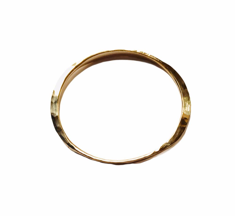 Hammered 14K gold filled oval bangle