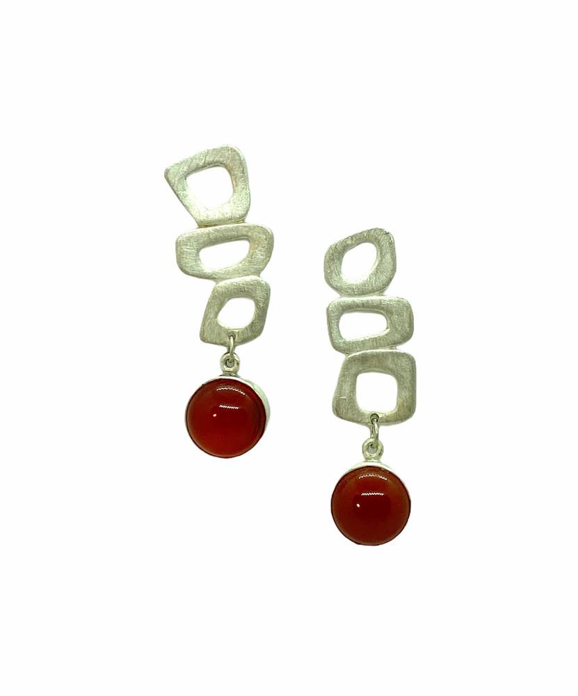 Retro shapes with carnelian earrings.