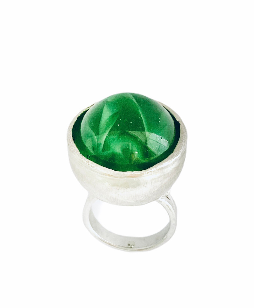 """Sterling silver large green marble """"worry"""" ring - marble spins in setting"""
