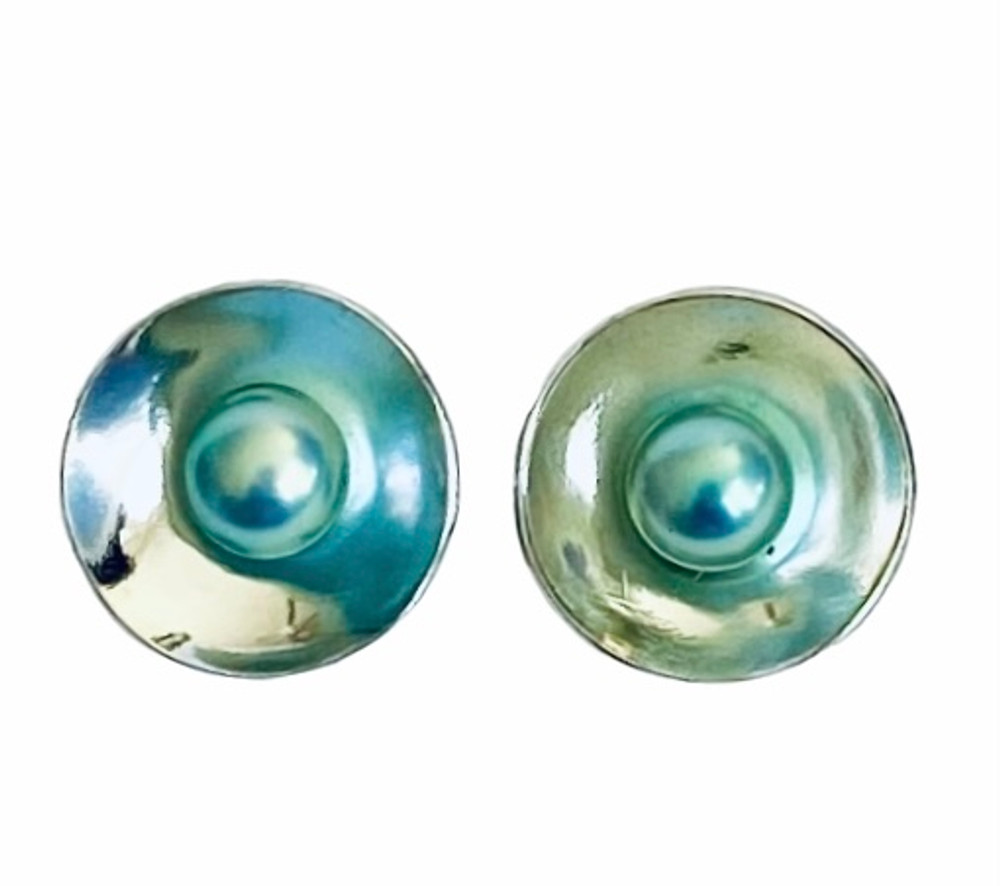 Blue pearls concave post earrings