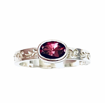 Sterling silver stackable ring with oval faceted Pink tourmaline - size 8 1/4