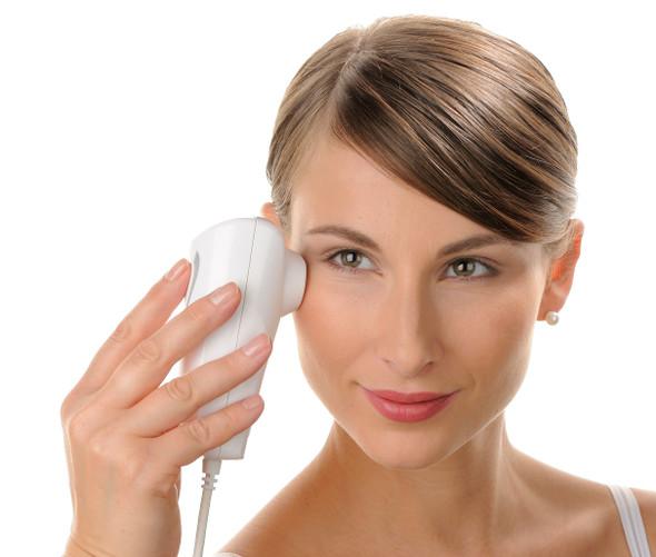 Visioscope PC 35 - A Close Look on Skin & Hair