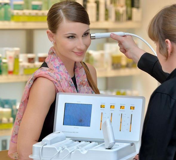 Multi Dermascope MDS 1000 - Multifunction Skin Analysis - De