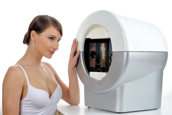 VisioFace RD - High Resolution Standardized Full Face Photog