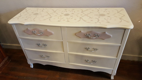 Lovely, hand-painted vintage dresser. Completed with Pure & Original Classico chalk-based paint in Aged Paper and Almond with Skin Powder and Silver Like accents. Stencil from Royal Design Studio.
