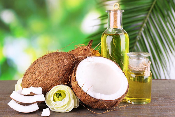 Coconut and Sesame Seed Oil with Turmeric Essential Oil Massage Blend